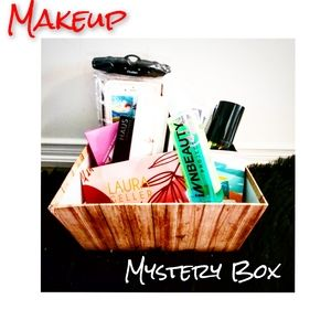 💄💋 Makeup Mystery Box 💋💄